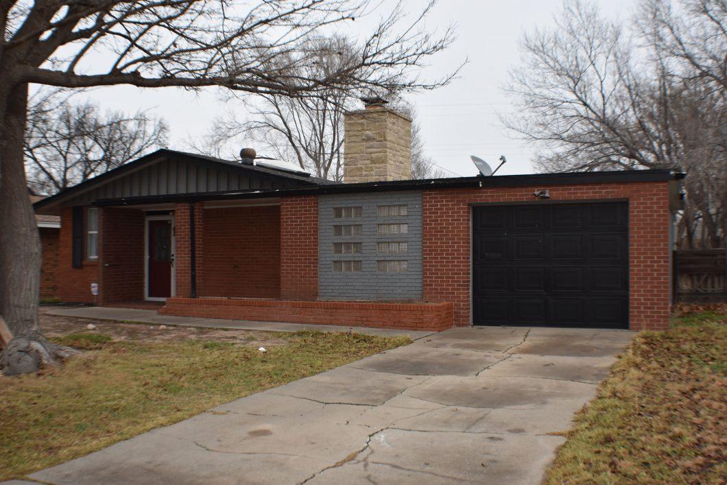 3411 Fleetwood Amarillo, TX 79109