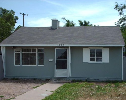 1433 Trigg Amarillo, Texas 79104